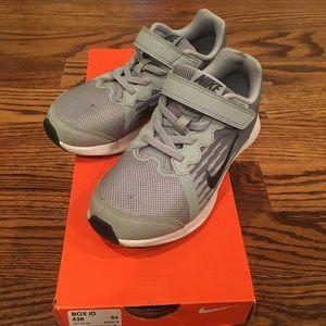 Very very gently worn boys Nike sneakers